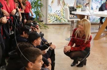 Δεκάδες μαθητές γιόρτασαν την Παγκόσμια Ημέρα Τηλεόρασης στον Αντ1