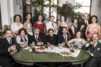 Στέλιος Καζαντζίδης, η ζωή μου όλη: από το Δεκέμβριο σε σκηνοθεσία Μιμής Ντενίση