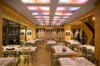 Ο «Μaestros Fish & Meat»  γιορτάζει ένα χρόνο λειτουργίας του