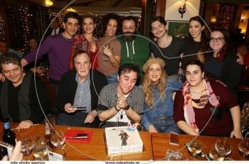 """Με τούρτα-Σαρλό γιόρτασε τα γενέθλιά του ο Θανάσης Τσαλταμπάσης. Χρόνια πολλά """"Τσάρλι"""""""
