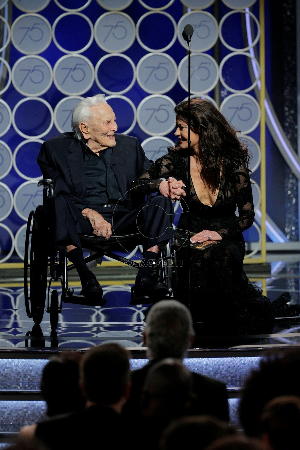 kirk-douglas-caltherine-zeta-jones