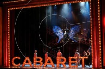 """Στην avant premiere του """"Cabaret"""" στο Παλλάς"""