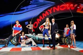 Μόδα και μηχανοκίνητος αθλητισμός στο fashion show του Tommy Hilfiger