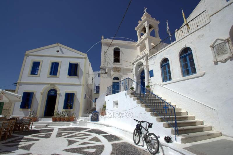 village-nikia-greece-17215940_M