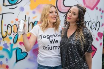 """Together We Triumph: """"οι γυναίκες είμαστε πιο δυνατές όταν είμαστε ενωμένες"""""""