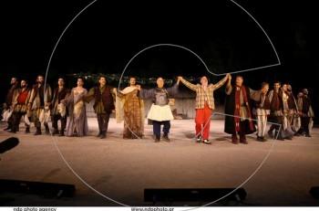 """Πρεμιέρα με τους """"Αχαρνής"""" στην Επίδαυρο: οι πρώτες φωτογραφίες από την παράσταση"""