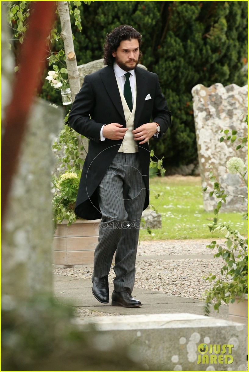 kit-harington-rose-leslie-wedding-photos-01