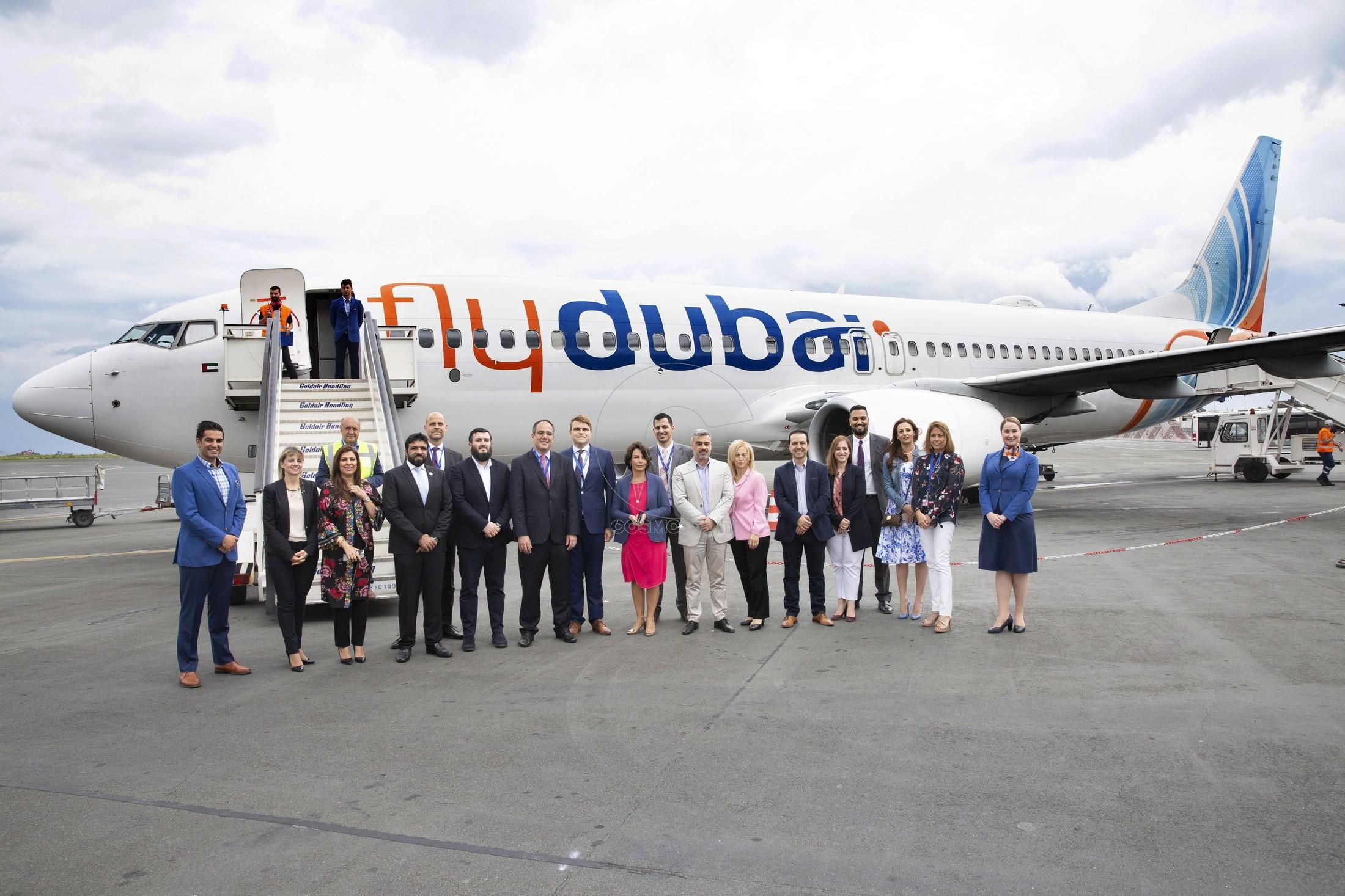 127 Οι εκπροσώποι της flydubai, Emirates & Fraport στην προσγείωση του 1ου αεροσκάφους της flydubai στο αεροδρόμιο της Θεσ-νίκης