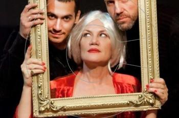 Αποκλειστικό: Τι με κοιτάς έτσι; Η απάντηση τον Οκτώβριο στο θέατρο Έαρ Βικτώρια