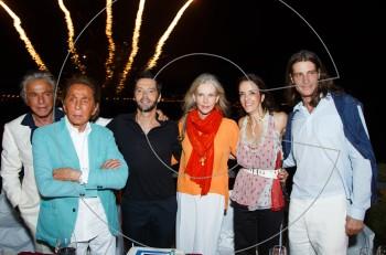 Valentino & Giancarlo Giammetti: Πάρτι έκπληξη για την Charlene Shorto στο Island της Αθηναϊκής Ριβιέρας.