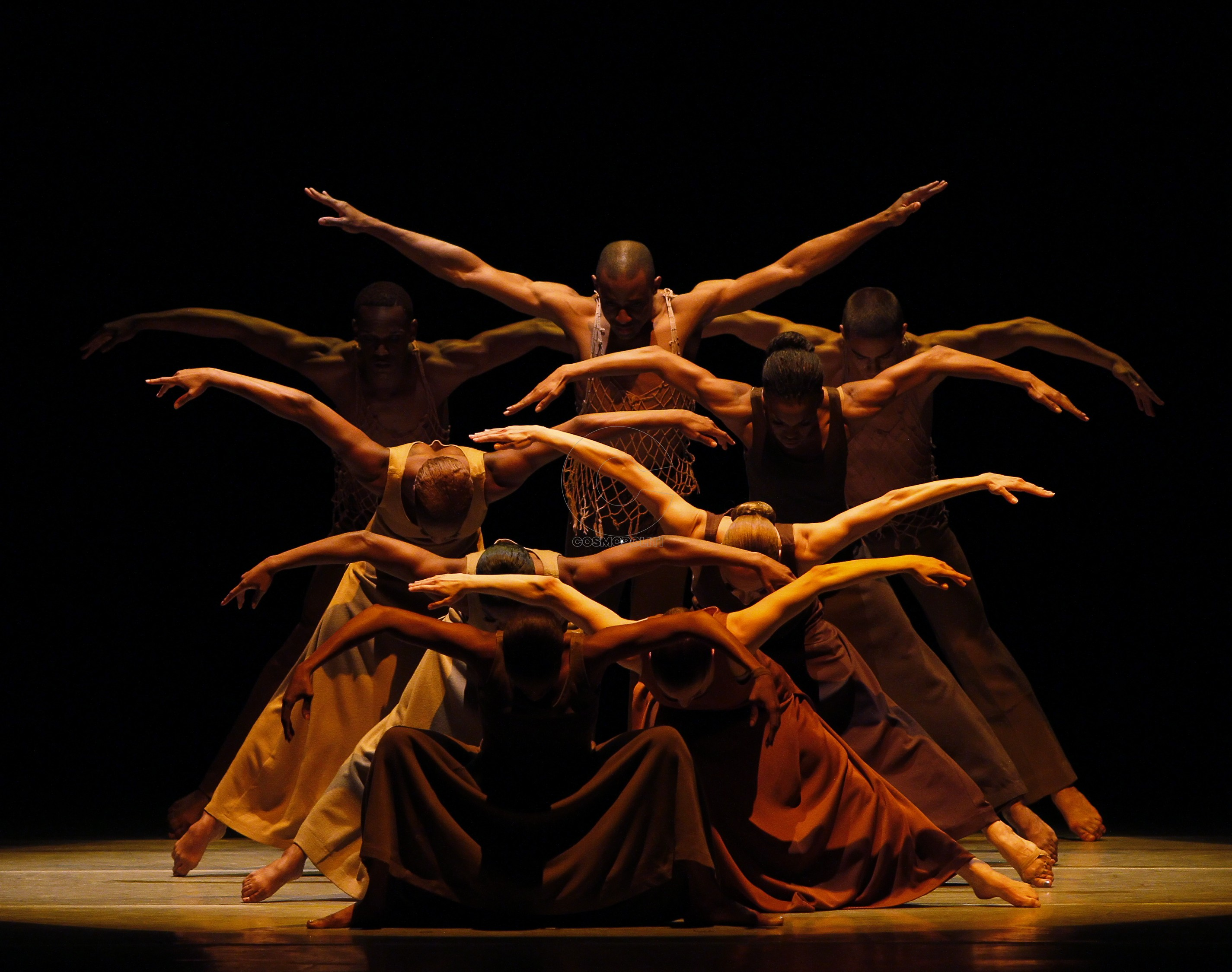 Revelations: Choreography by Alvin Ailey Alvin Ailey American dance Theater Credit photo: ©Paul Kolnik paul@paulkolnik.com nyc  212-362-7778