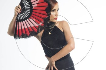 Δήμητρα Κασκάνη: μια χορεύτρια flamenco με αυτοπεποίθηση και δυναμισμό