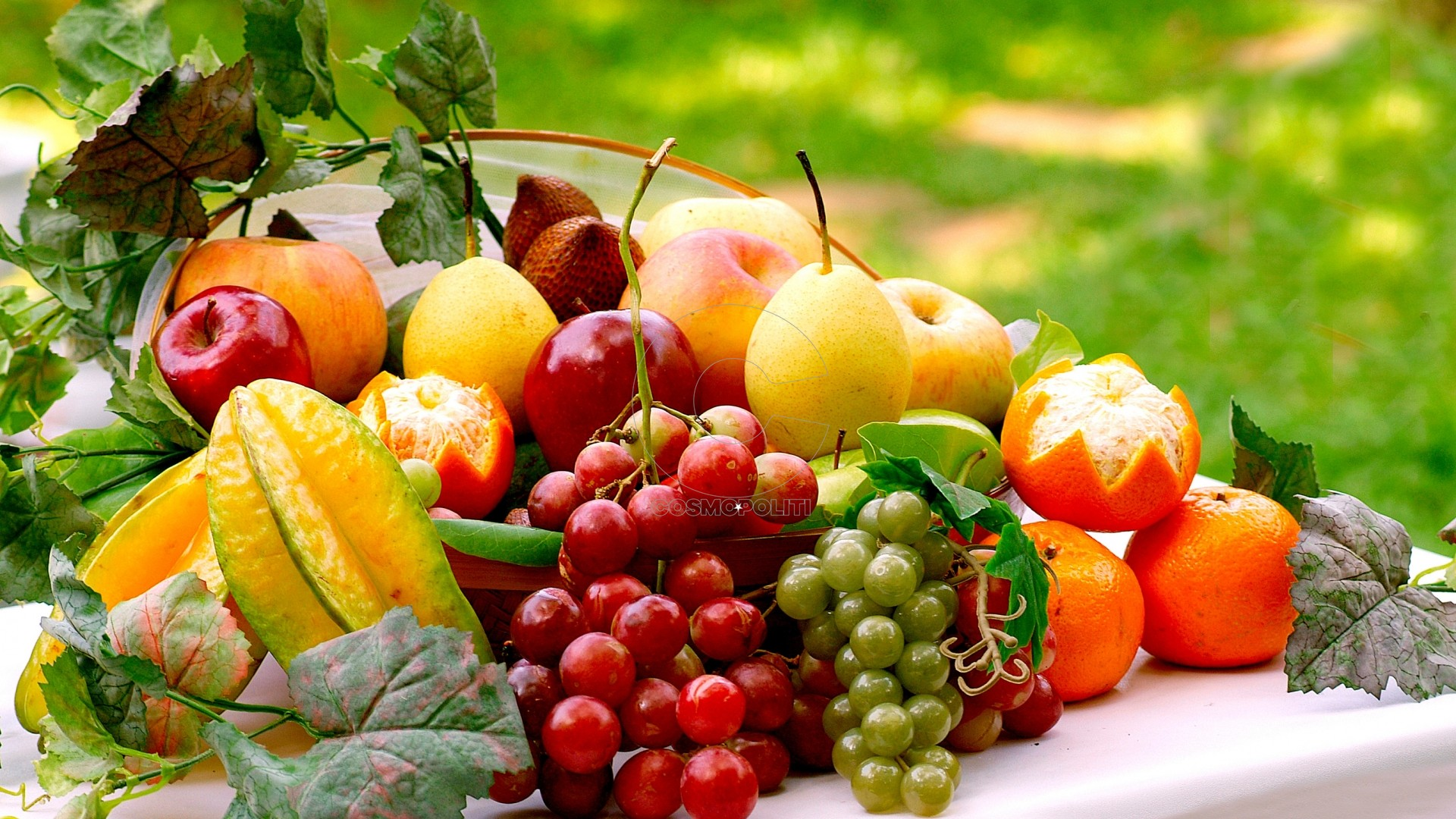healthy-fruit-salad-wallpaper