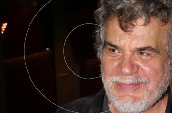 """Σάρωσε ο Γιάννης Κακλέας και """"Το παιχνίδι της σφαγής"""" στα Βραβεία Κοινού Αθηνόραμα 2018"""