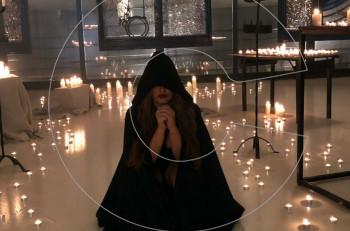 Έλενας Παπαρίζoυ: Backstage στο βίντεο κλιπ «Κάτι Σκοτεινό»
