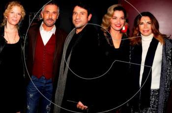 """Επίσημη πρεμιέρα για το """"Σπασμένο Γυαλί"""" στο θέατρο Πόλη"""