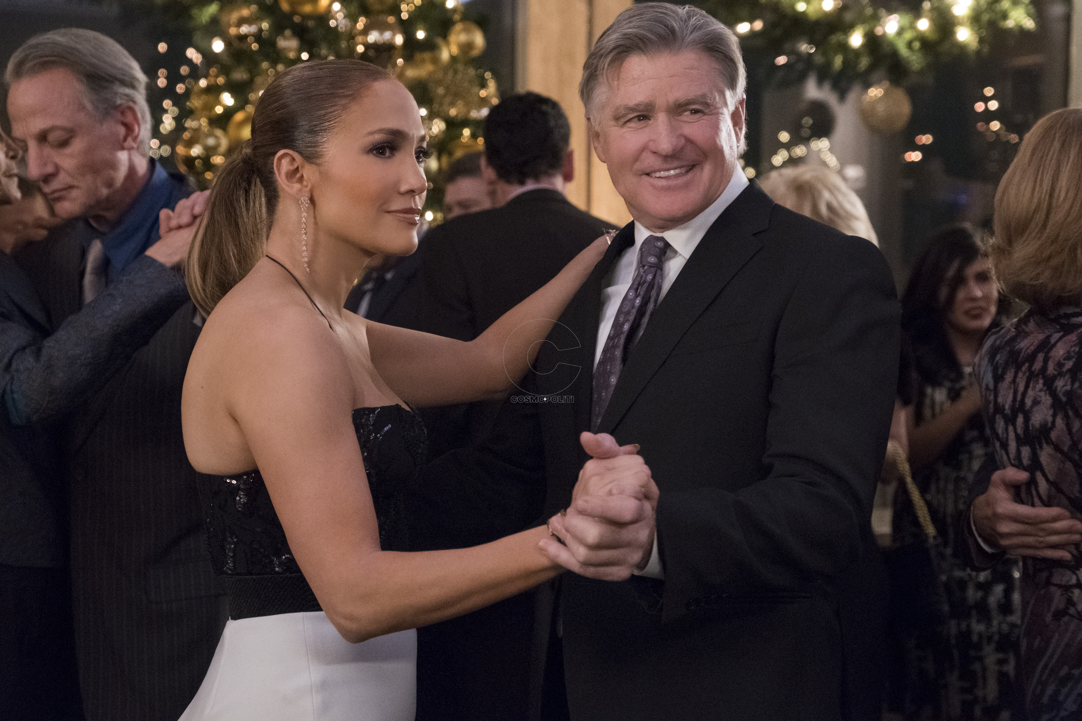 Jennifer Lopez and Treat Williams star in SECOND ACT.