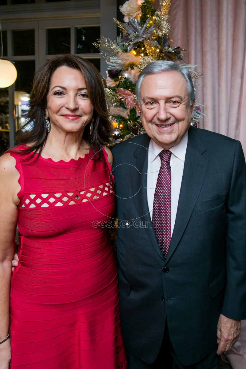 1 SOS Η Πρόεδρος του MDA HELLAS Βάνα Λαβίδα με τον σύζυγό της Θανάση