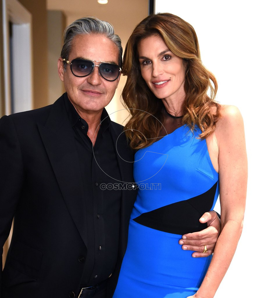Cindy-Crawford-and-Oribe-Canales-