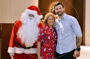 Χαρά και παιδικά χαμόγελα στη χριστουγεννιάτικη γιορτή του ξενοδοχείου Athens Marriott