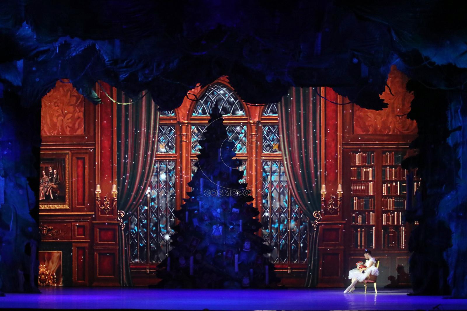 aca82a0fd9e Όλη η μαγεία των Χριστουγέννων στο Christmas Theater, με τη μοναδική  παράσταση του Καρυοθραύστη να συναρπάζει, να συγκινεί, να δίνει χαρά σε  μικρούς και ...