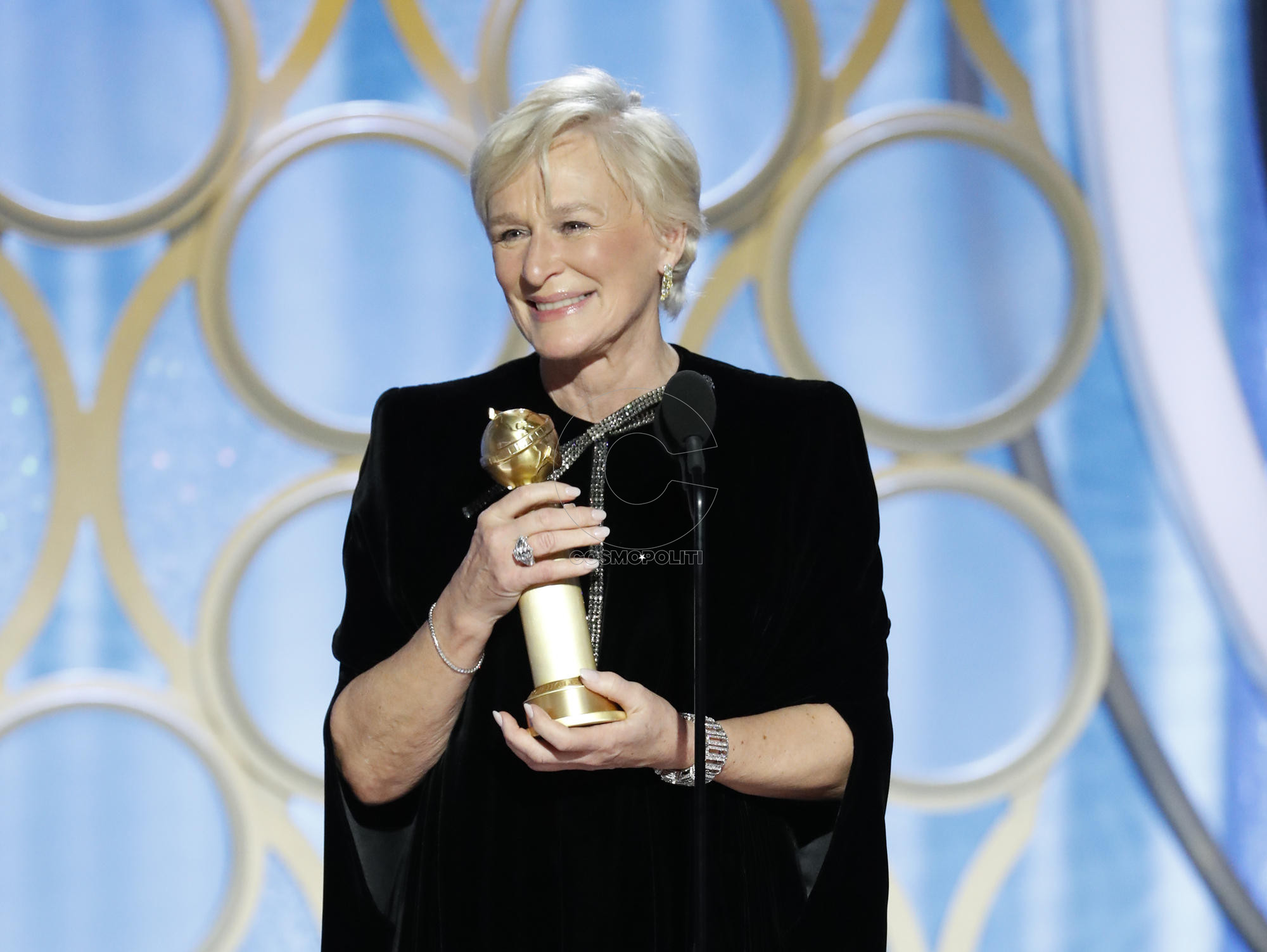 Glenn Close accepts the best actress in a motion picture – drama award for her role in The Wife during the 76th Golden Globe Awar