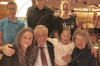 Γενέθλια σε οικογενειακό κλίμα για τον ιδιοκτήτη του Corfu Palace