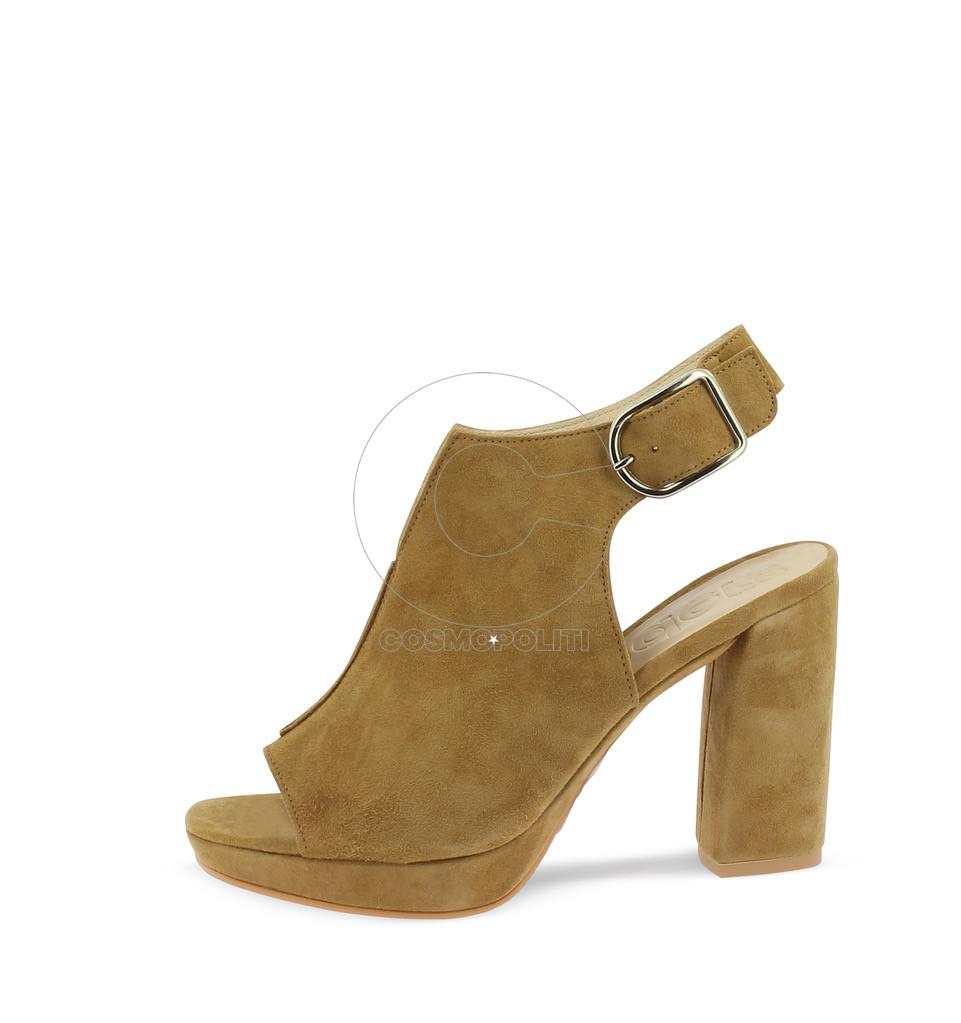 3. Wonder's Shoes