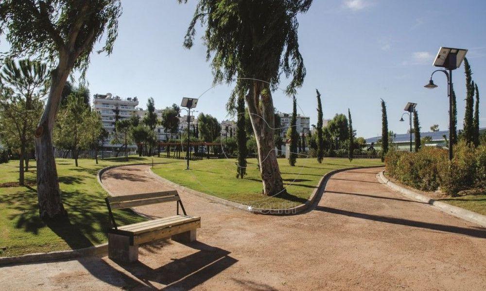 Το νέο πάρκο στο Τροκαντερό εγκαινίασαν Ρένα Δούρου