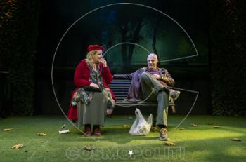 """""""Το παγκάκι"""" με Γιώργο Κιμούλη & Φωτεινή Μπαξεβάνη στο θέατρο Τόπος Αλλού"""