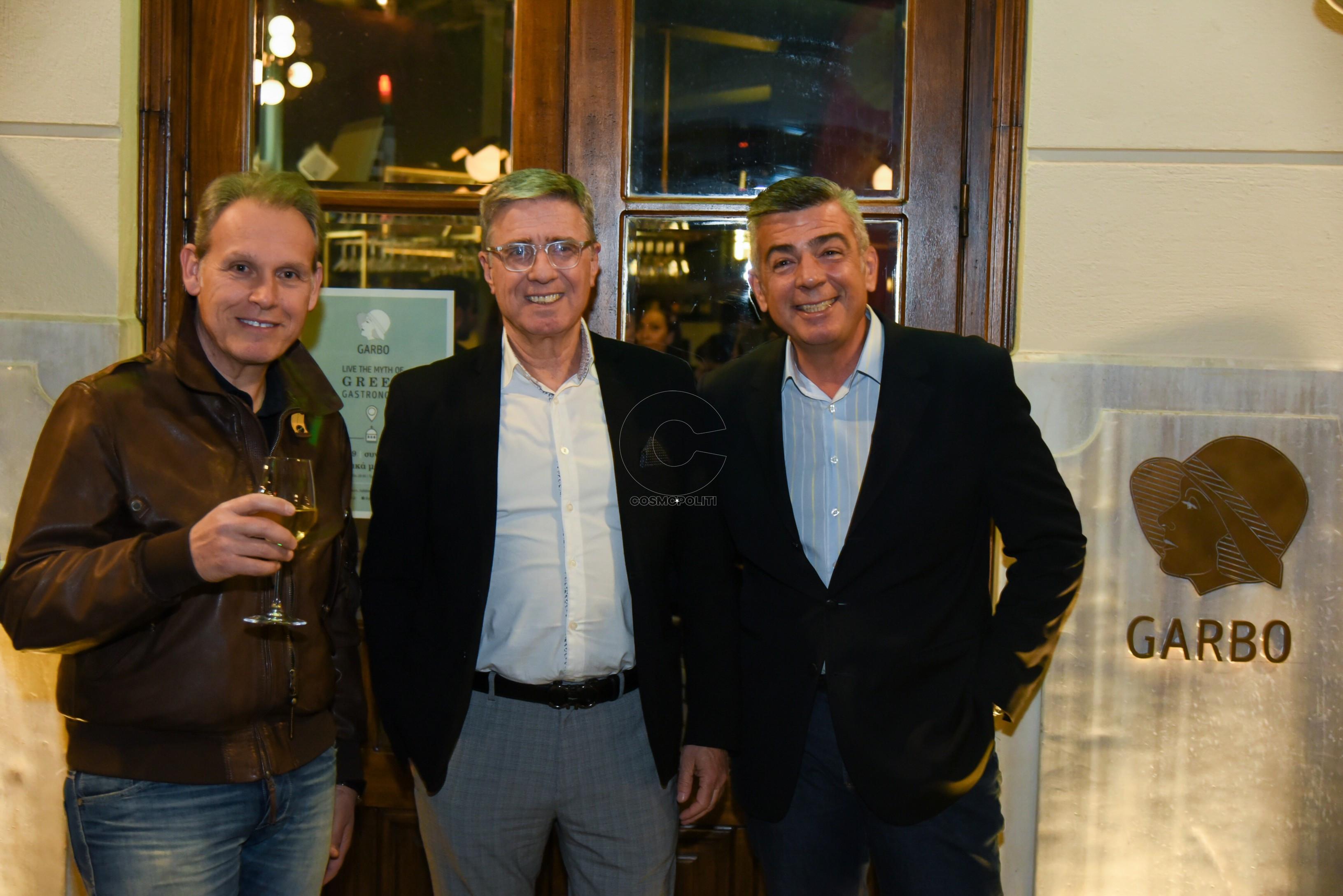 0 Μπάμπης Στυλιανού, Γιάννης Δόβελος, Θανάσης Συρόπουλος