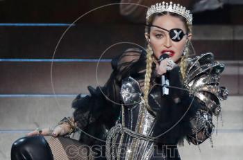 Η Madonna δεν έχει ανάγκη κανέναν μας