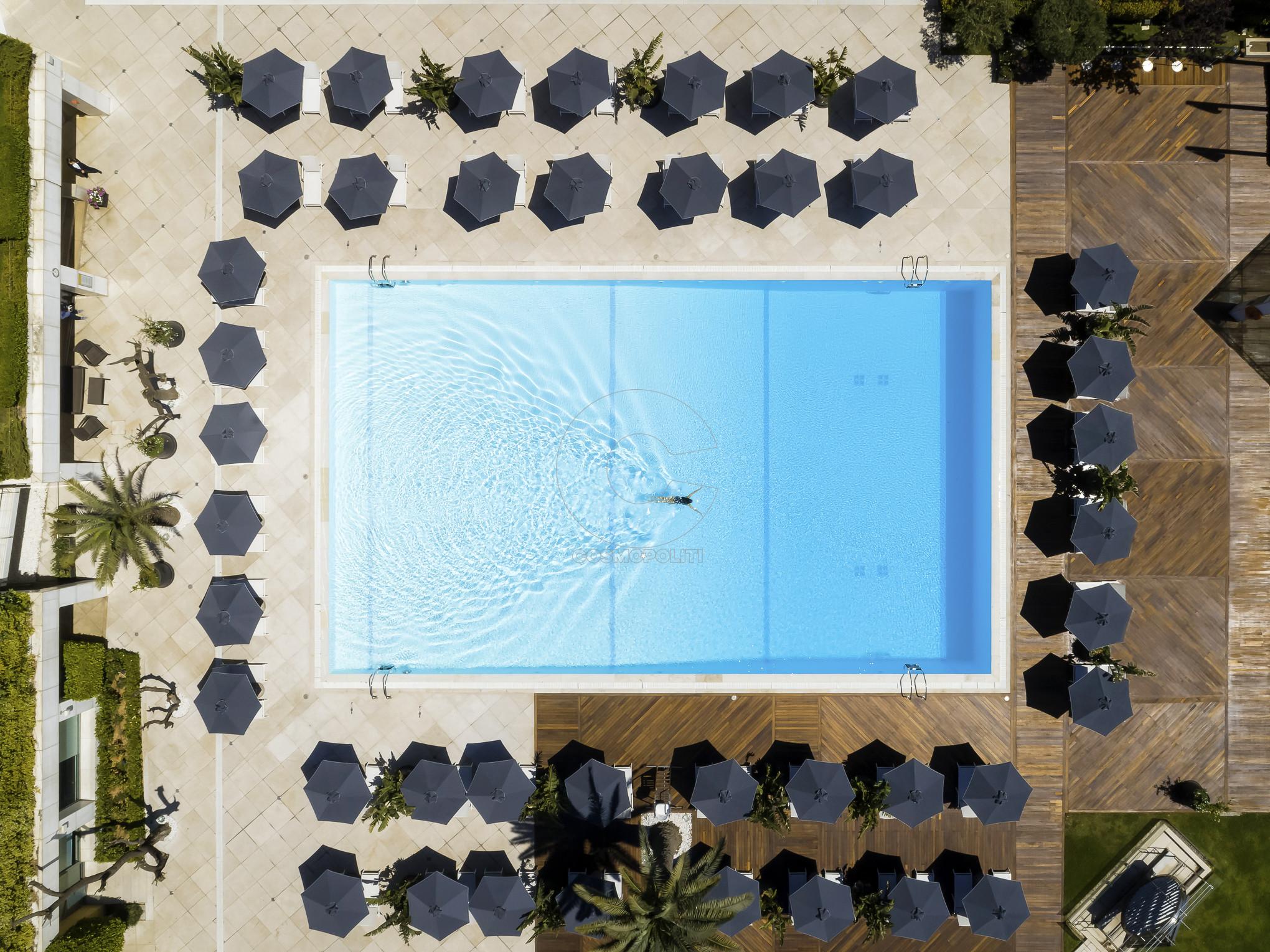 Hilton_Drone_Photo_Pool