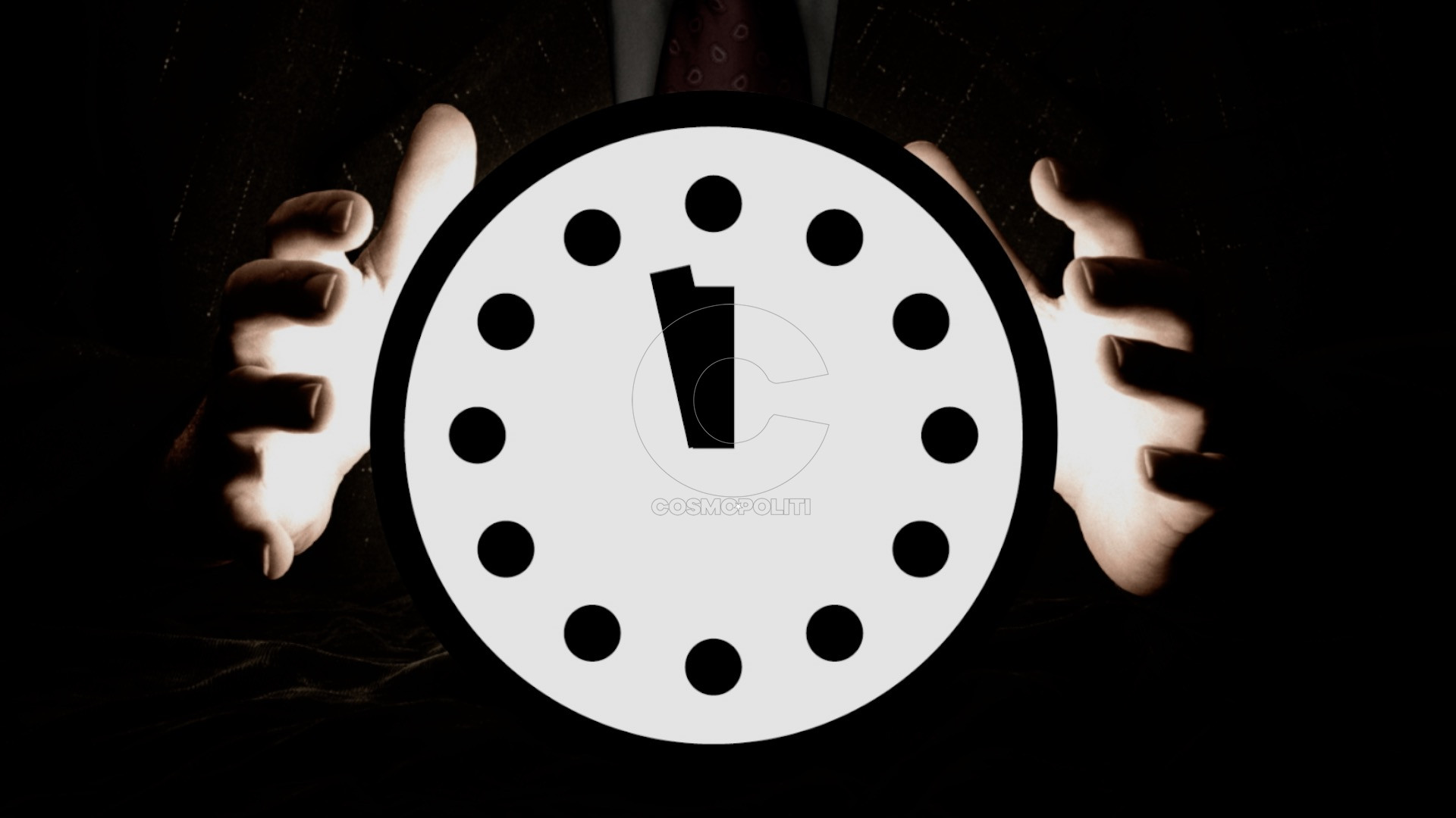 t_1508518886197_name_20170928_TheGlobeandMail_Explainer_DoomsdayClock_still