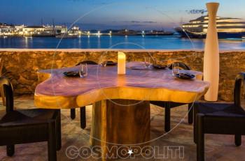 Kοσμοπολίτικες γαστρονομικές γεύσεις στο Kiku Mykonos