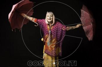 Όταν κρεμάσουν τις όμορφες: 2ος χρόνος στο θέατρο Αλκμήνη