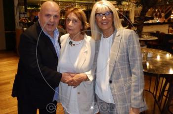 Παρουσίαση του βιβλίου «Ωσεί παρόντες» της κυρίας των συνεντεύξεων Όλγας Μπακομάρου