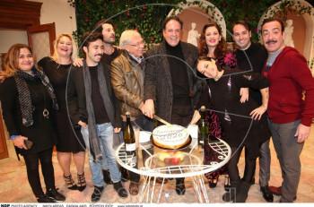 """""""Ο βαφτιστικός της κυρίας"""" έκοψε την πίτα του 2020 στη Θεατρική Σκηνή Αθηναϊς"""