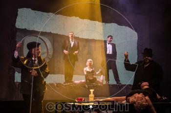 """""""Το τέλειο έγκλημα"""" και ο Νίνος Μικελίδης συζητούν με τους θεατές της παράστασης"""