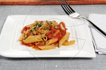 Συνταγή: Pennette Rigate ολικής αλέσεως με κολοκυθάκια, μελιτζάνες και ντοματίνια