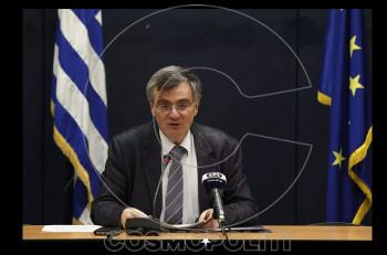 """Σωτήρης Τσιόδρας: """"Με τα μέτρα και το απαγορευτικό έπεσε κατά 80% η κυκλοφορία του ιού"""""""