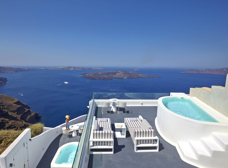 Dreams luxury Suites - Santorini