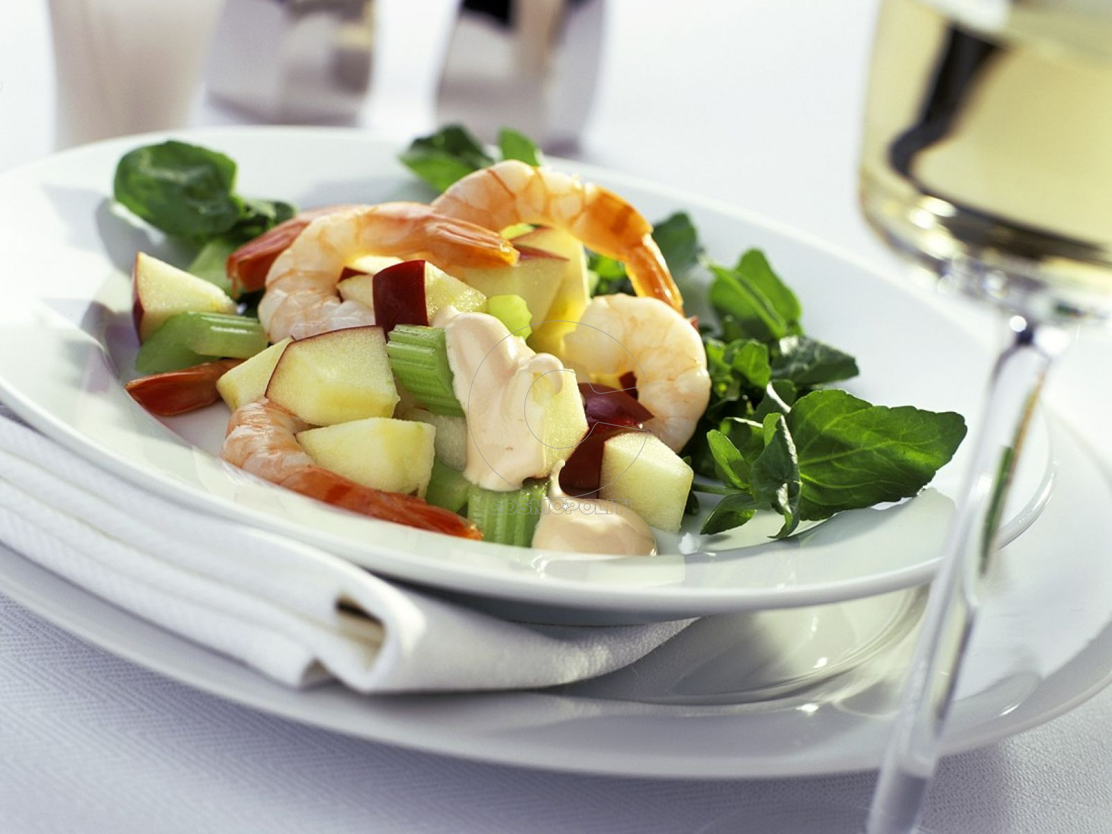 watercress-apple-salad-with-shrimp-593330