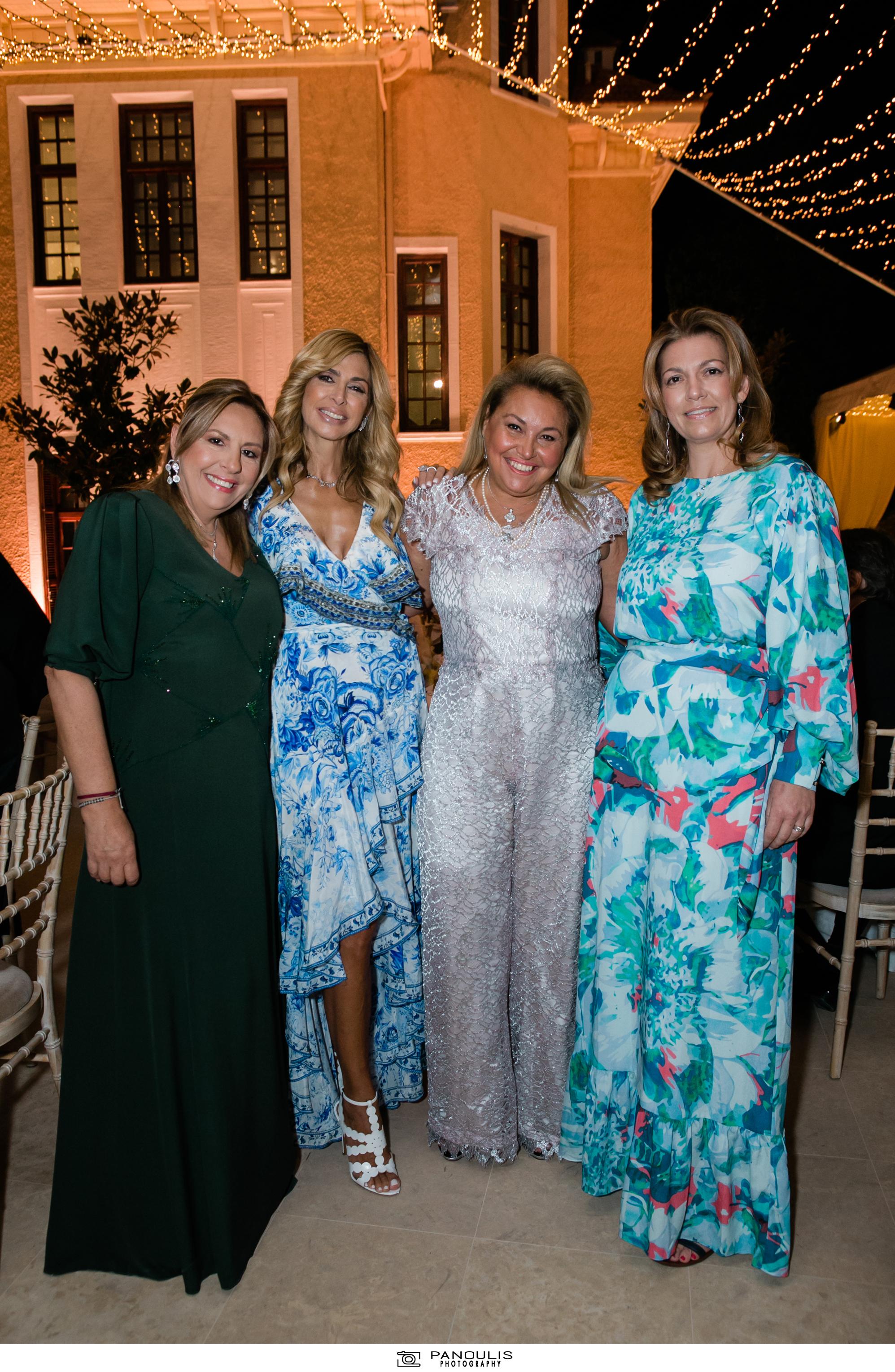 Κλέλια Χατζηιωάννου & Κωνσταντίνος Σκορίλας: Ένας υπέροχος γάμος με λαμπερούς καλεσμένους 13