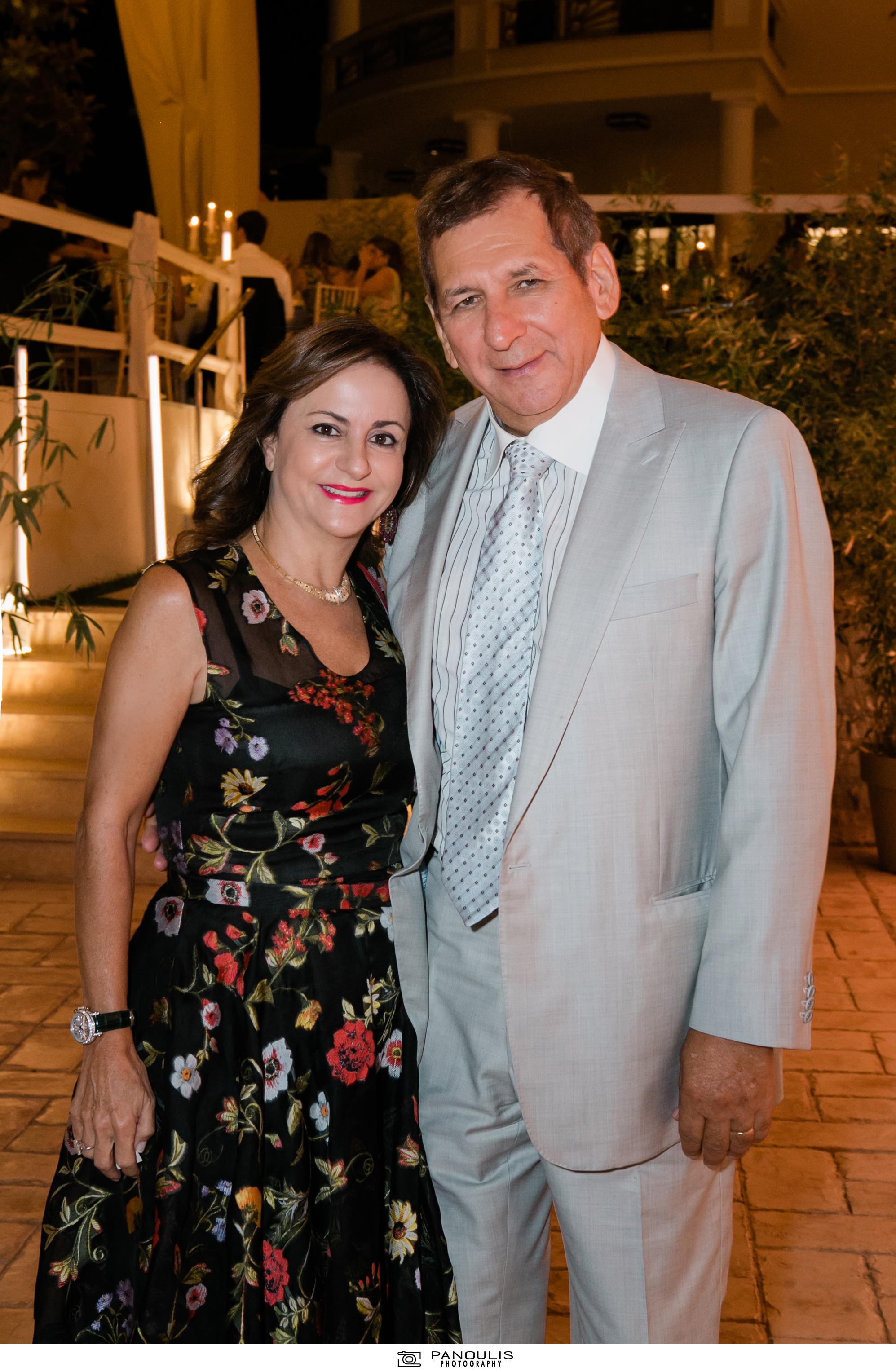 Κλέλια Χατζηιωάννου & Κωνσταντίνος Σκορίλας: Ένας υπέροχος γάμος με λαμπερούς καλεσμένους 15