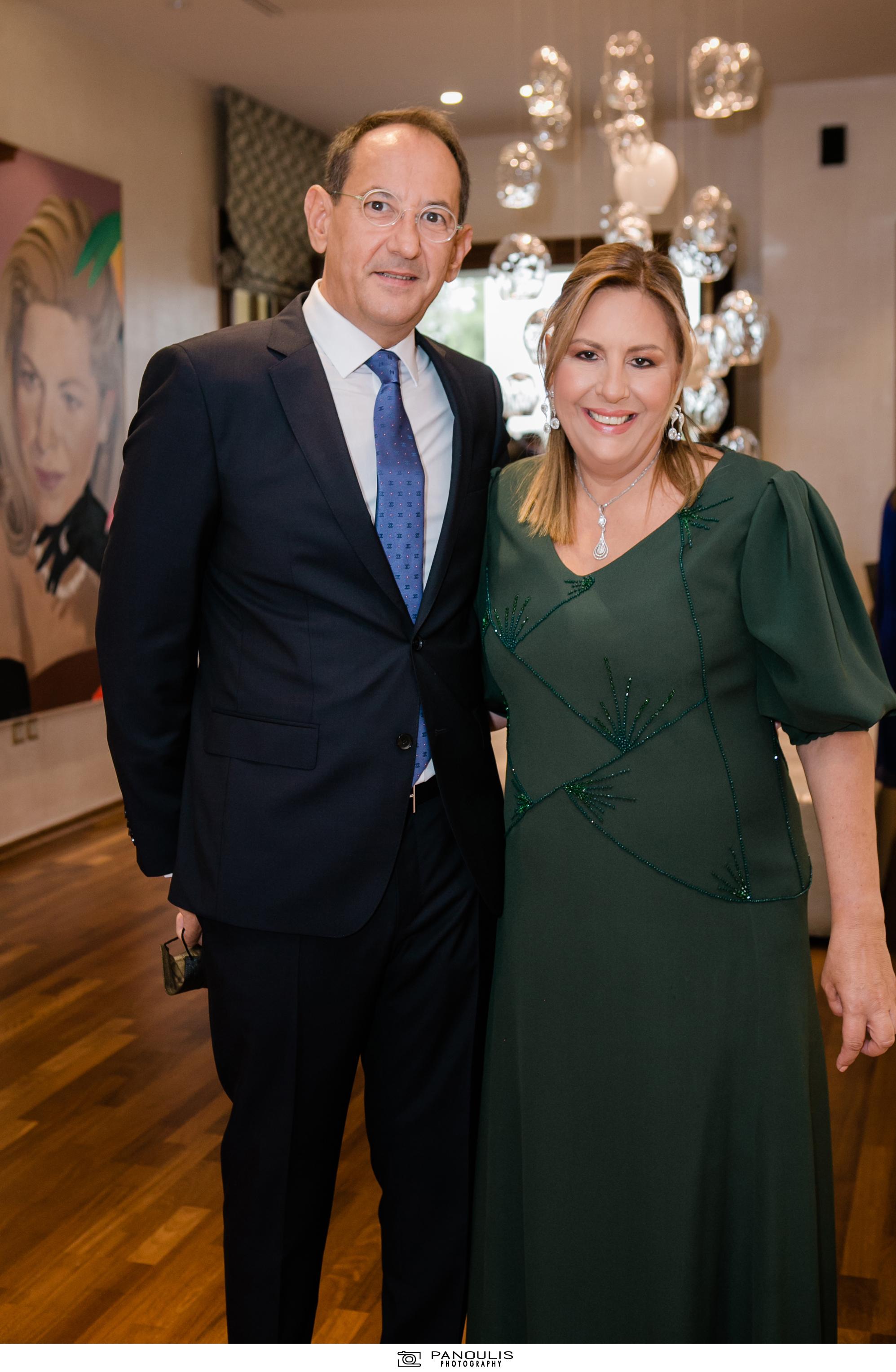 Κλέλια Χατζηιωάννου & Κωνσταντίνος Σκορίλας: Ένας υπέροχος γάμος με λαμπερούς καλεσμένους 8